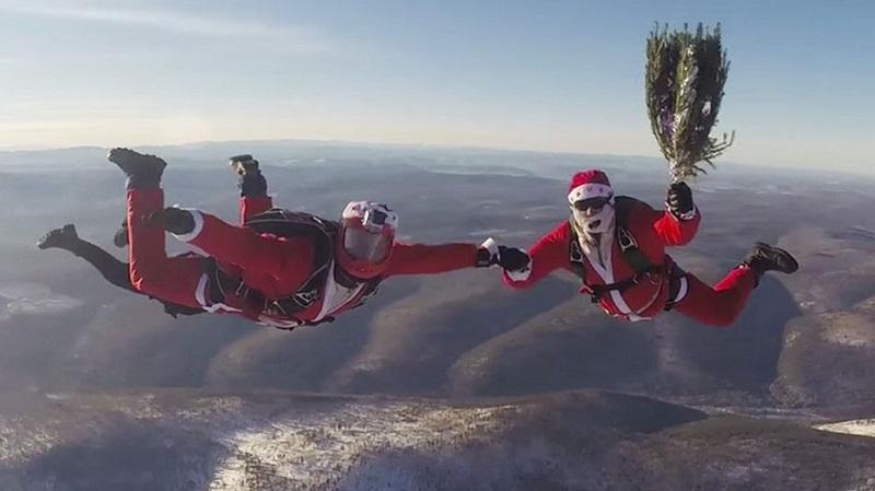 Новогодние поздравления парашютистов